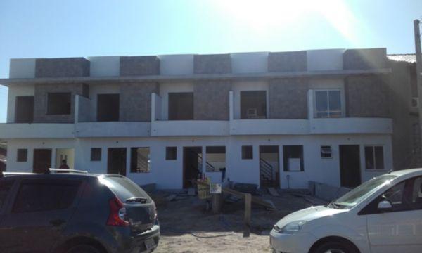 Mais 4 foto(s) de CASA 2D - PORTO ALEGRE, HIPICA